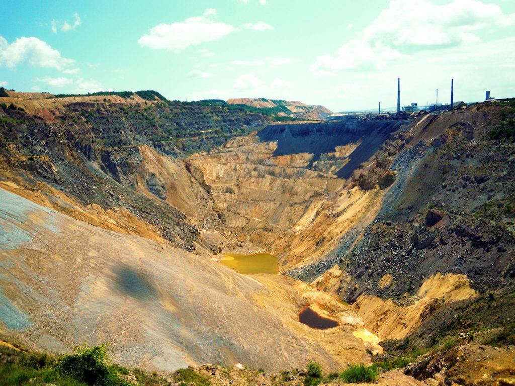 Površinski kop u Boru