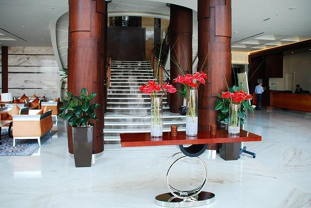 hotel-lobi