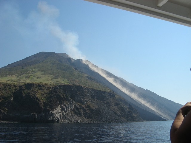 stromboli-vulkan-sicilija