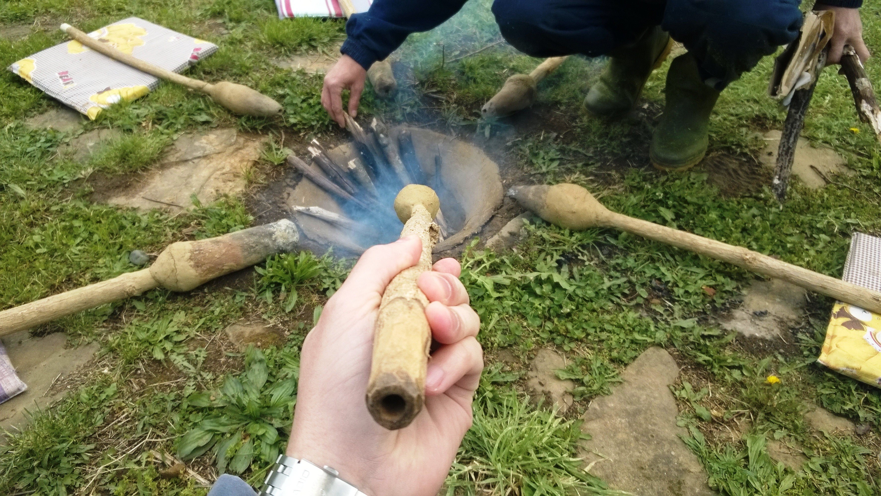 topljenje rude na pločniku