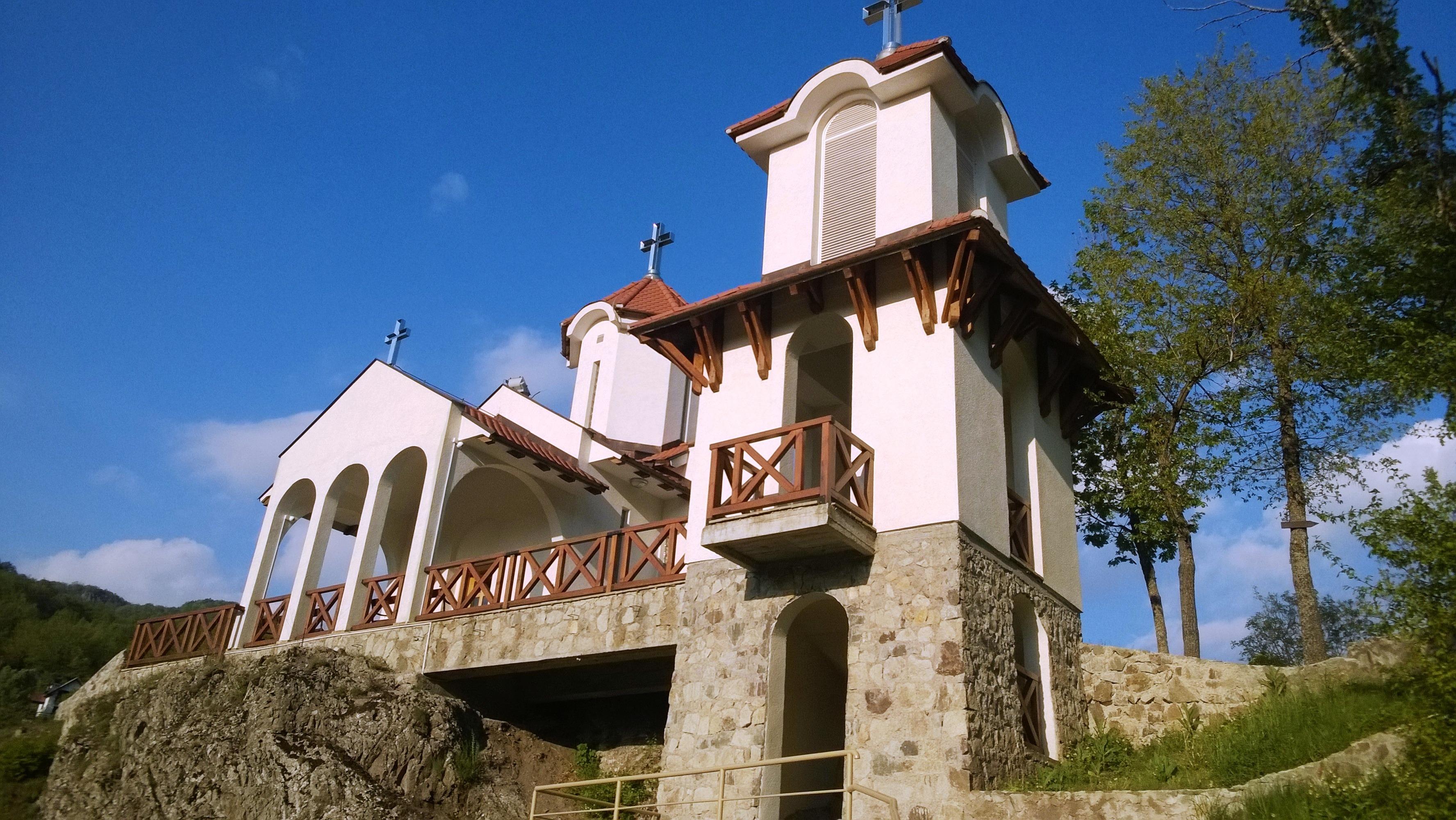 prolom banja crkva