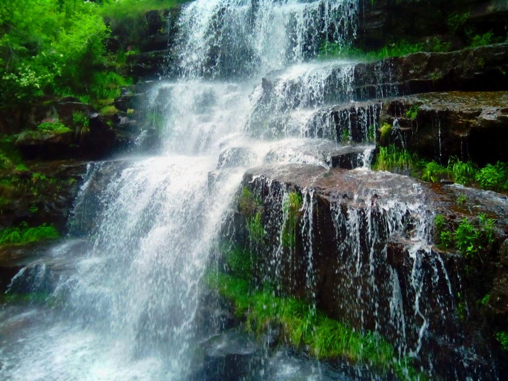 tupavica-vodopad-stara planina