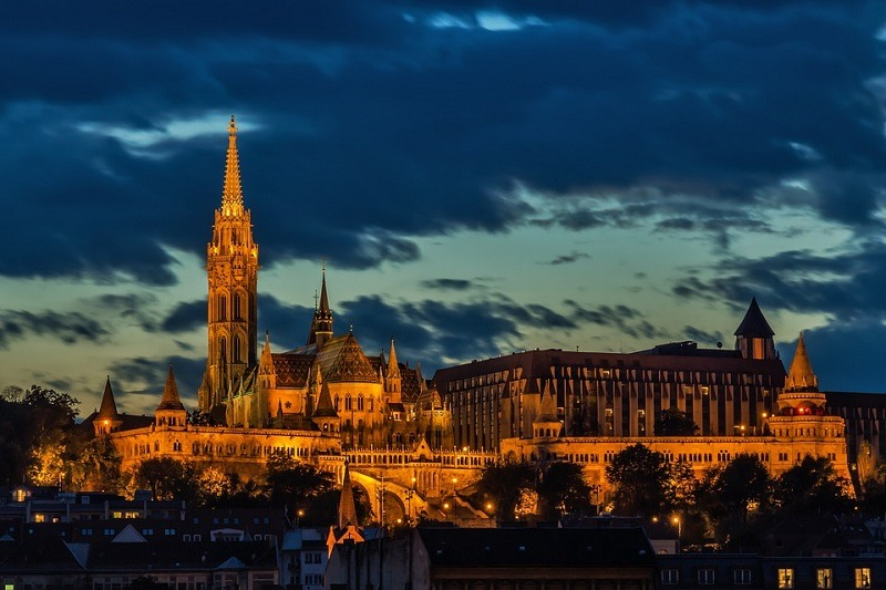 Zamak, budimpešta