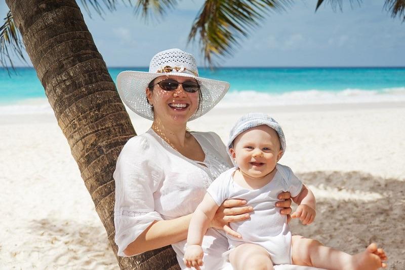 plaža, majka, beba